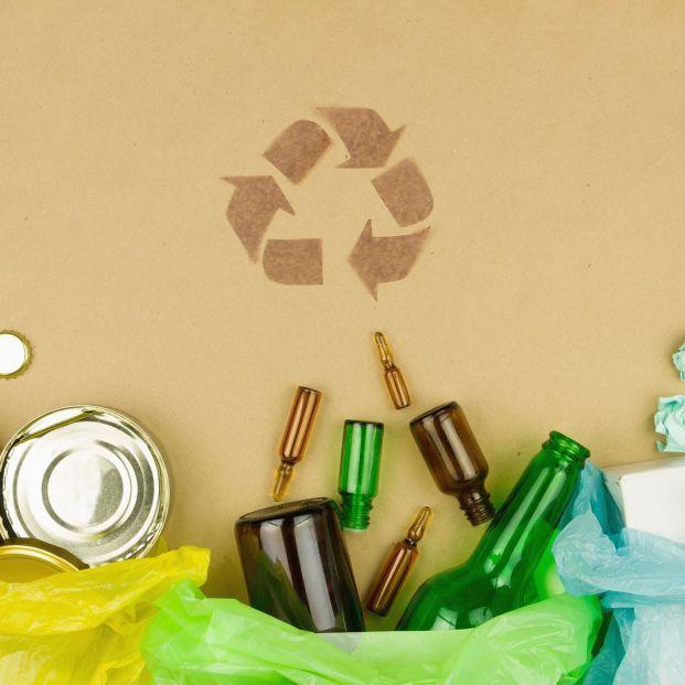 ¿Cuánto se recicla en España? ¿Y en el mundo? Reciclaje de vidrio y cristal para separar basura