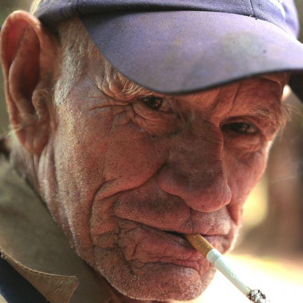 Uno de cada cinco mayores de 65 años muere por el tabaco