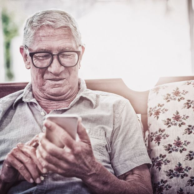 Asistencia telefónica a mayores