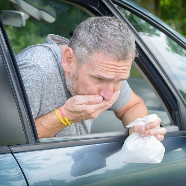¿Te mareas en el coche? Sigue estos consejos para evitarlo