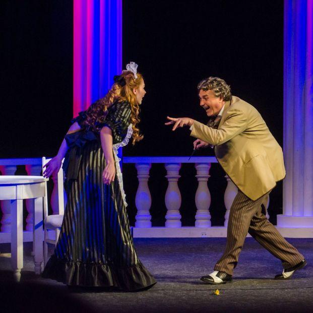 Cursos de teatro para mayores (Bigstock)