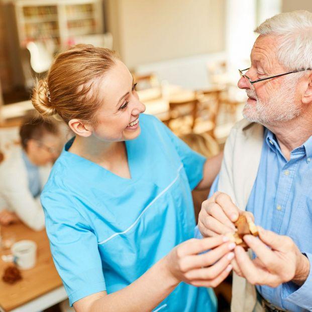 Cómo actuar ante la agitación de una persona mayor