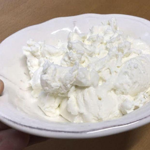 Cómo hacer queso fresco casero usando yogur: las recetas de cocina de Eloy Moral