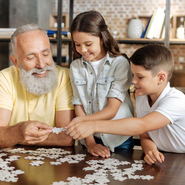 Iniciativas para combatir la soledad en los mayores