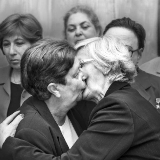 'Lideresas': las fotos más icónicas de la historia recreadas por mujeres mayores de 65 años