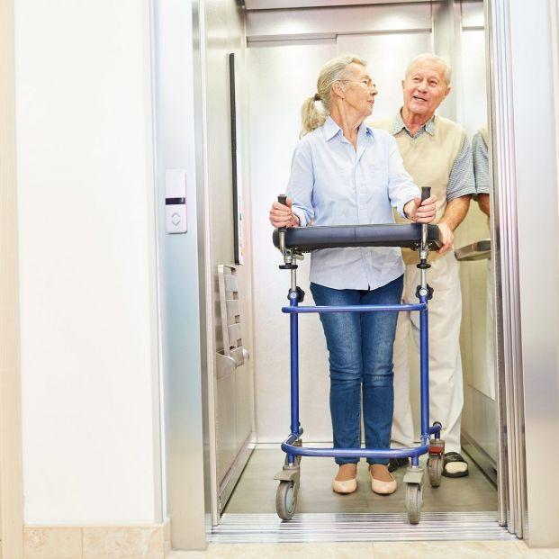 Qué requisitos debe cumplir tu edificio para poder solicitar un ascensor