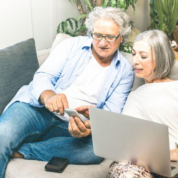 Internautas mayores de 65 años, protagonistas en las redes sociales