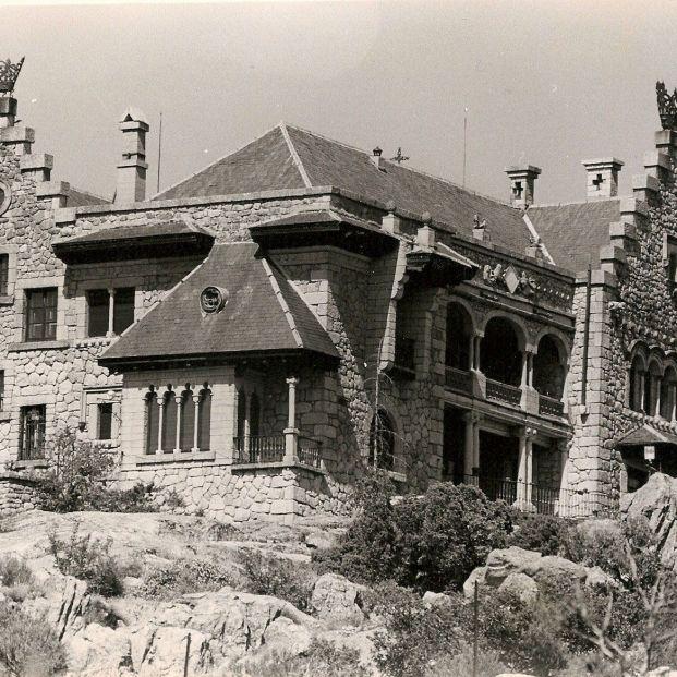 El Palacio Del Canto Del Pico Que Pertenecio A Franco Sufre Un Nuevo