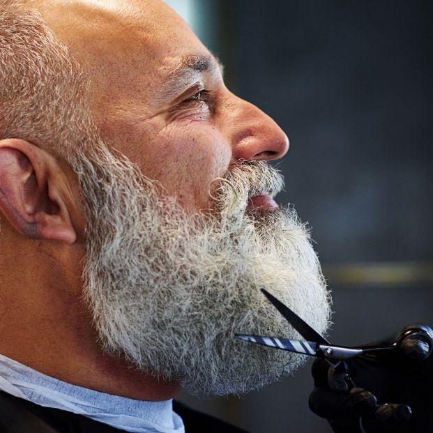 Cuidado de la barba  (bigstock)