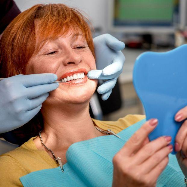 Los mayores de 65, entre los colectivos de población que menos visitan al dentista