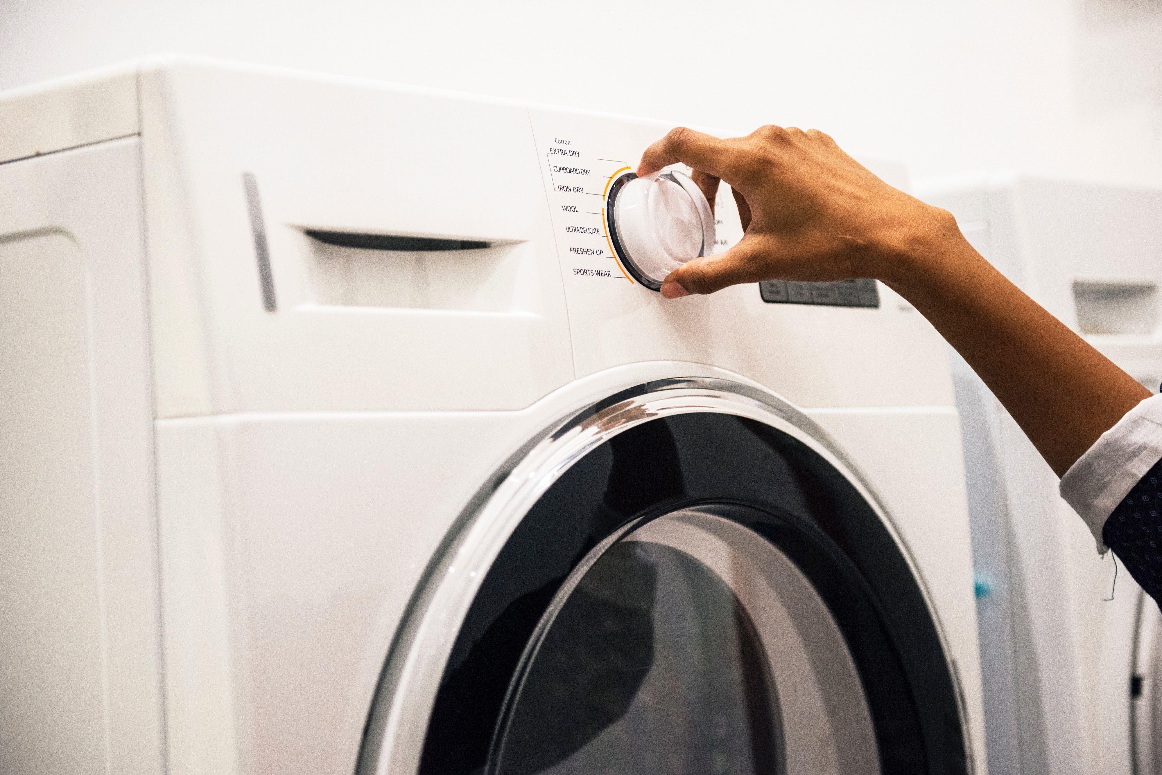 ¿A qué temperatura se debe lavar la ropa?