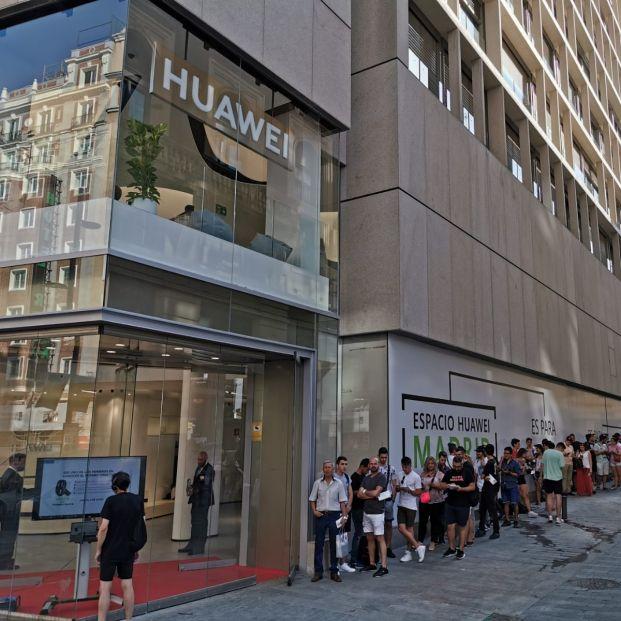Huawei abre en Madrid su tienda más grande en el mundo