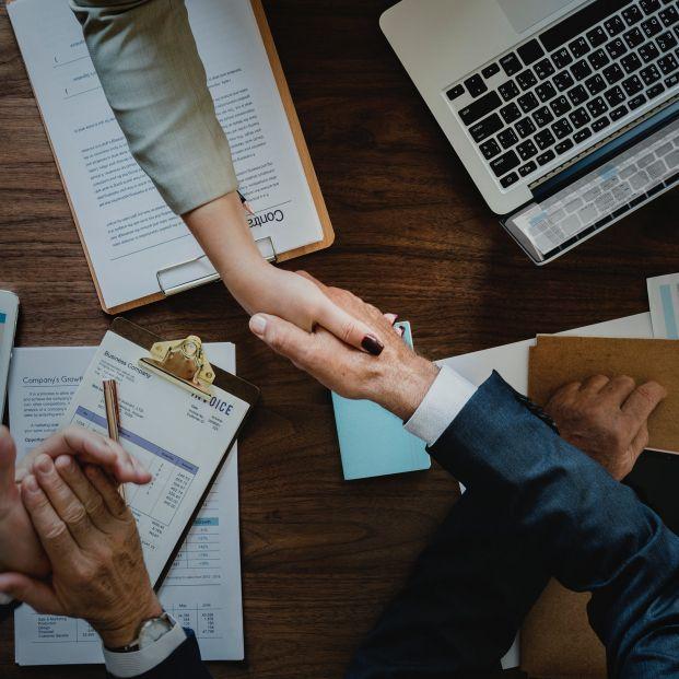 ¿Cuáles son las obligaciones de los trabajadores y las empresas para la jubilación activa?