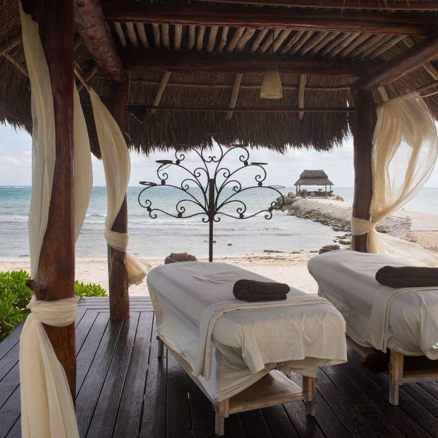 Cuidado con los masajes que se realizan en la playa