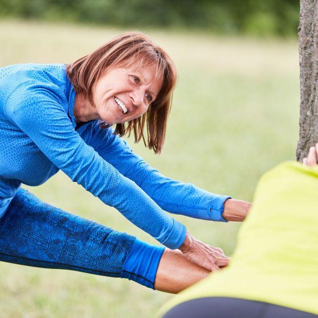 Los mejores ejercicios de calentamiento para las personas mayores antes de hacer deporte