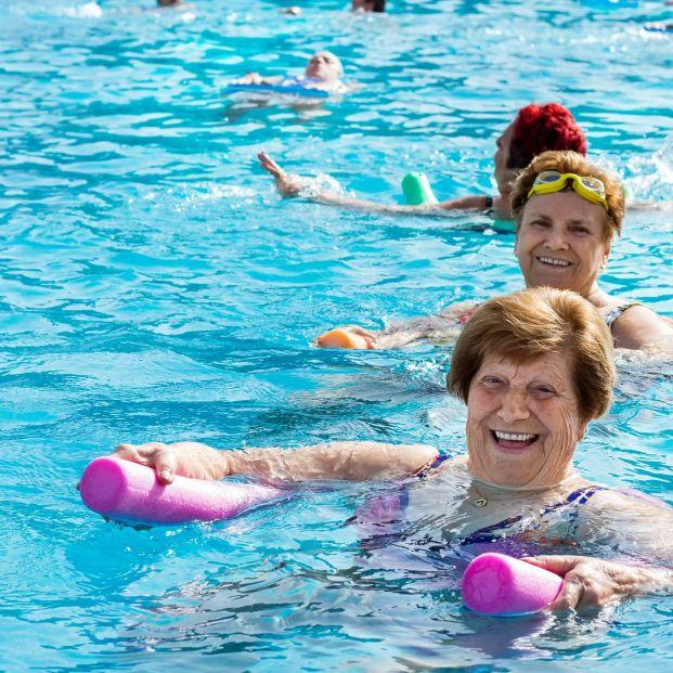 El método Halliwick para mejorar la movilidad física de personas mayores