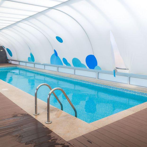 ¿Quieres instalar una cubierta para tu piscina?