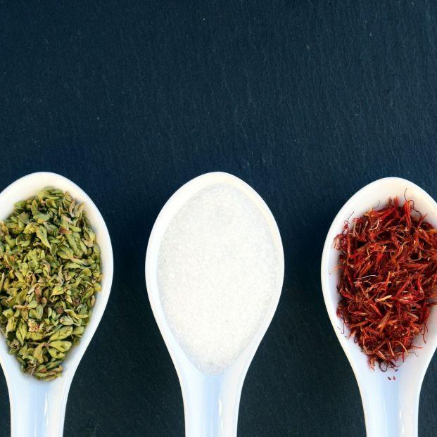 Especias para reducir la sal (Creative commons)
