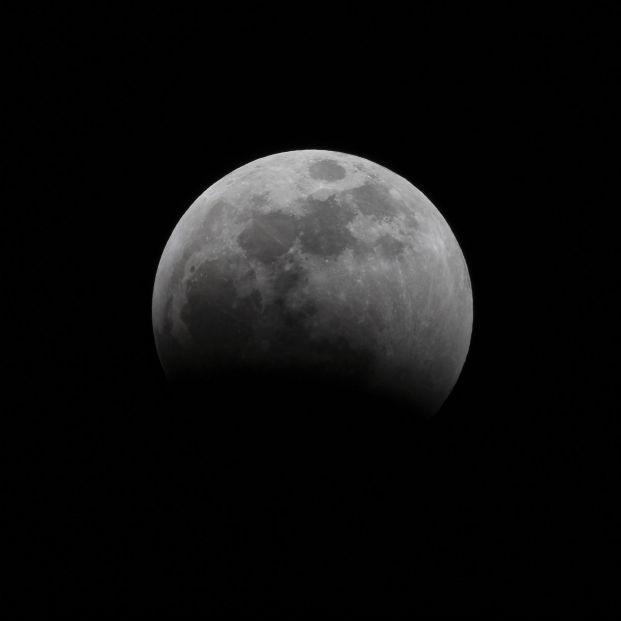 Cómo ver el eclipse lunar de este martes