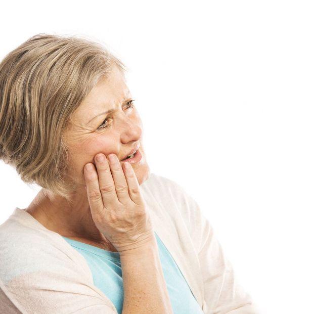 Consejos para prevenir el síndrome de la boca seca en personas mayores