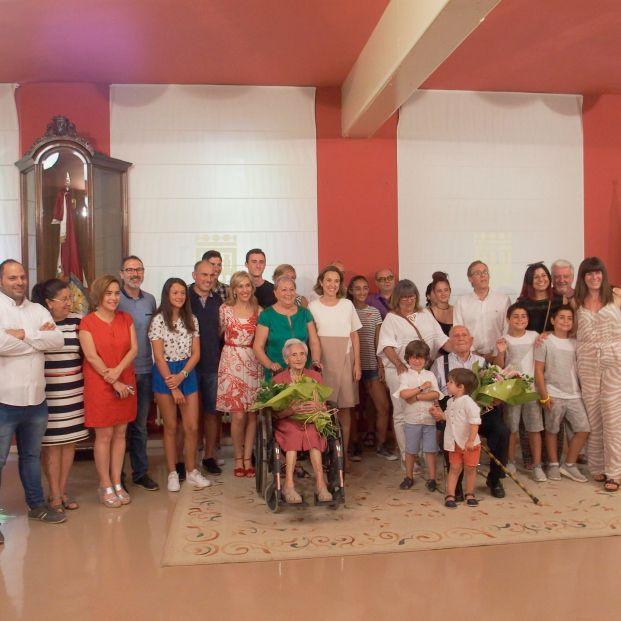 Logroño rinde homenaje a sus abuelos más longevos Andrea Martínez de 104 años y Francisco Cabezudo de 101 en 2018