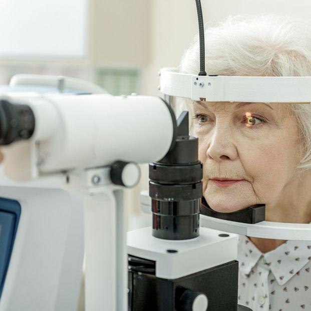 Degeneración macular asociada a la edad (Bigstock)