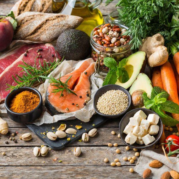 Nutrientes esenciales de origen animal que no puedes obtener de las plantas si eres vegetariano