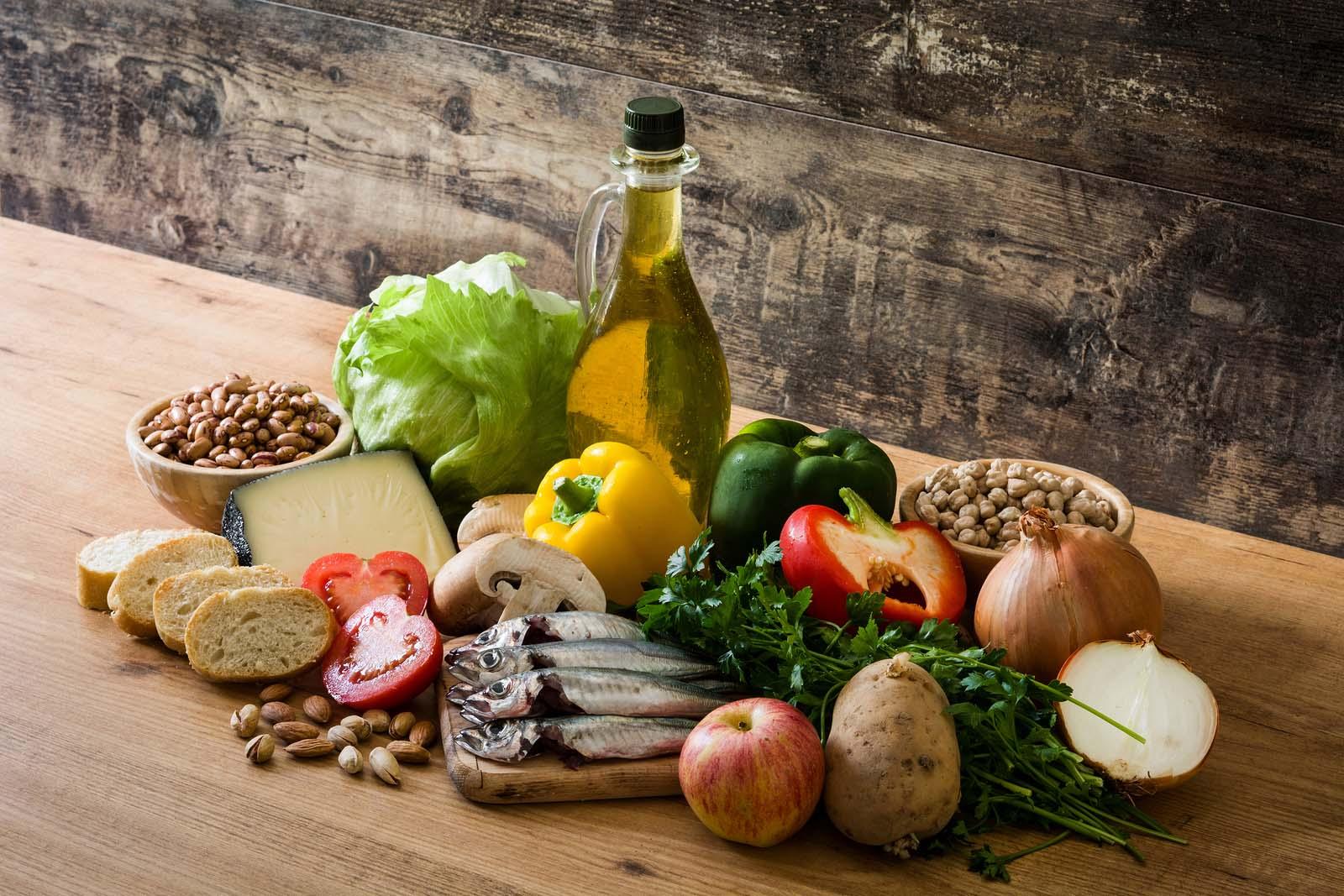 Cuáles son los principios básicos de la dieta mediterránea