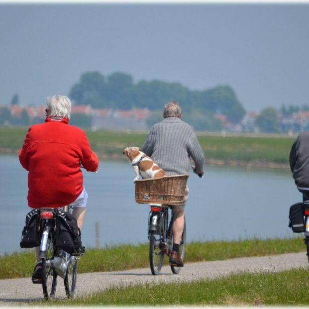 Montar en bicicleta es un ejercicio beneficioso