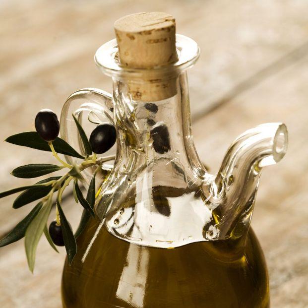 ¿Cuáles son los beneficios del aceite para la piel? ¡Te contamos todos! (Big Stock)