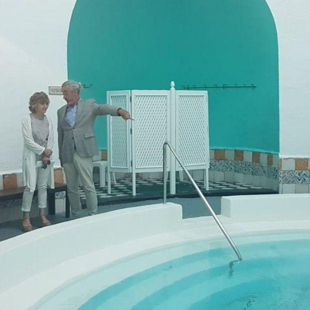La ministra de Sanidad en funciones, Luisa Carcedo, visita un balneario en el 30 aniversario del programa de termalismo del Imserso.