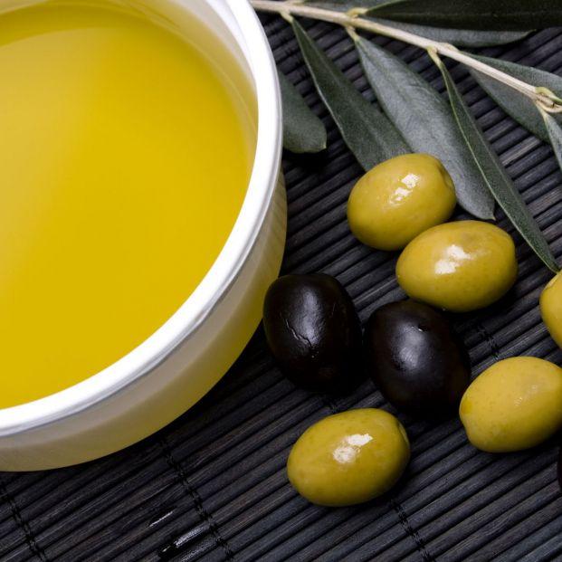 ¿Cuáles son los beneficios del aceite para la piel? (Big Stock)