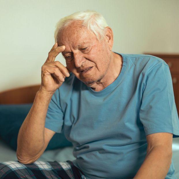Los problemas depresivos se vuelven crónicos en la edad anciana y se agravan con la soledad
