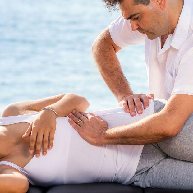 ¿Cómo aliviar el síndrome piramidal a través de los masajes?