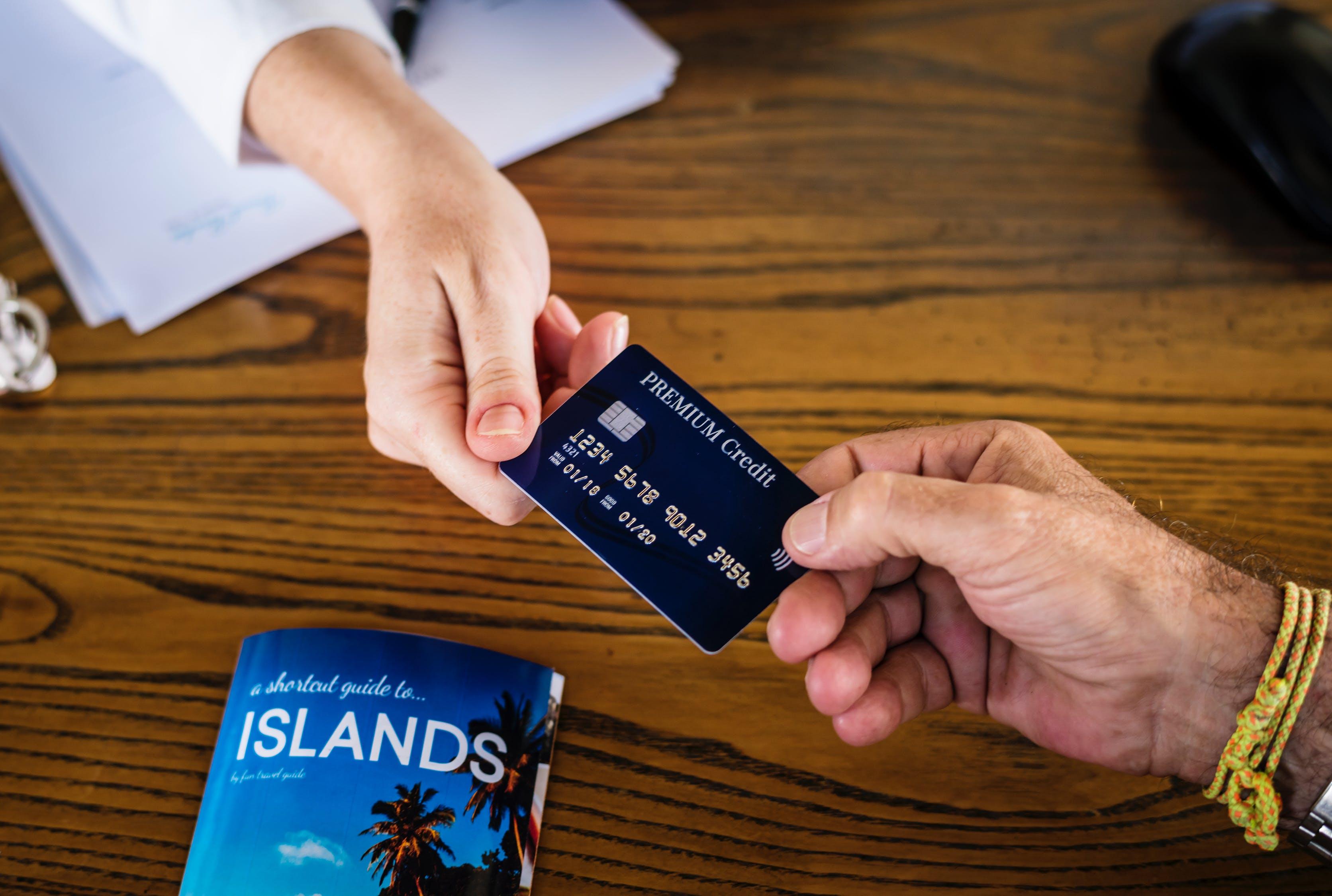 Asufin advierte del uso de tarjetas de crédito