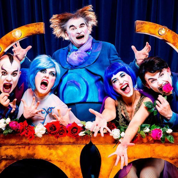 'The Opera Locos'