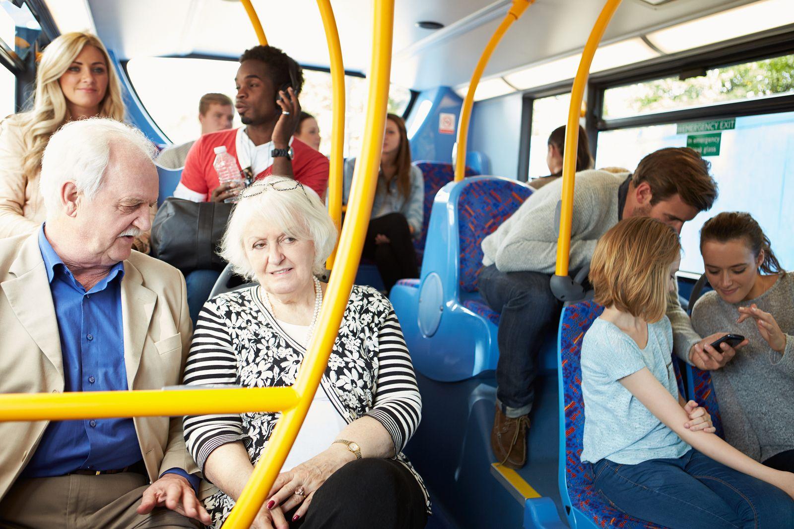 Image result for personas mayores transporte publico