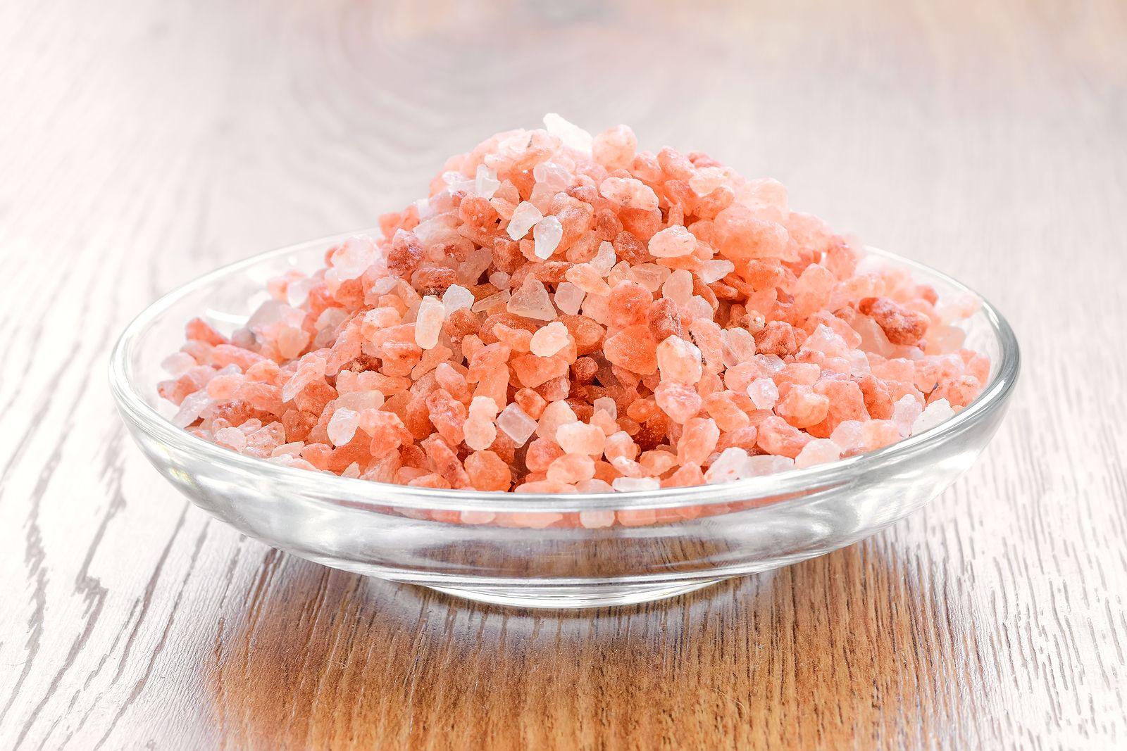 """Sal rosa del Himalaya: ¿es un condimento """"milagroso""""?"""