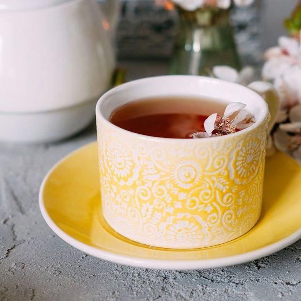 Cómo se prepara el auténtico té inglés: ingredientes y receta
