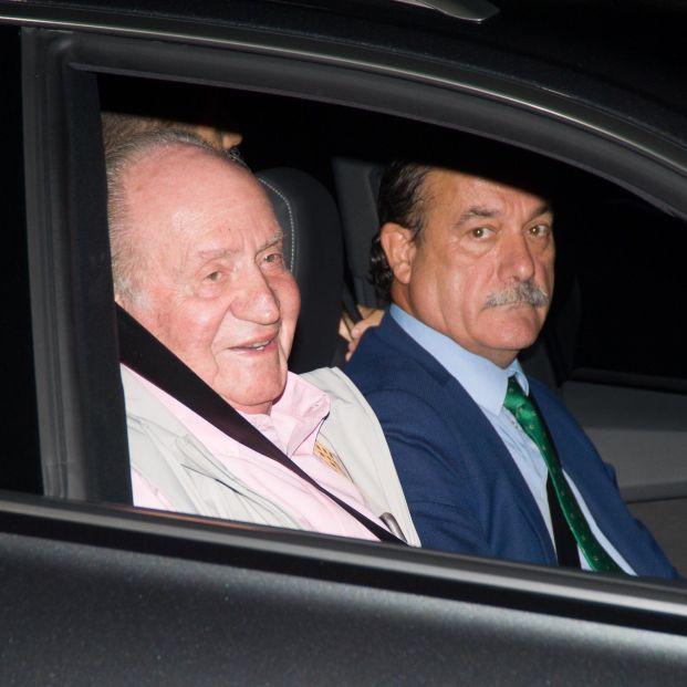 EuropaPress 2333191 El Rey Don Juan Carlos I ingresa en la clínca Quirón de Madrid