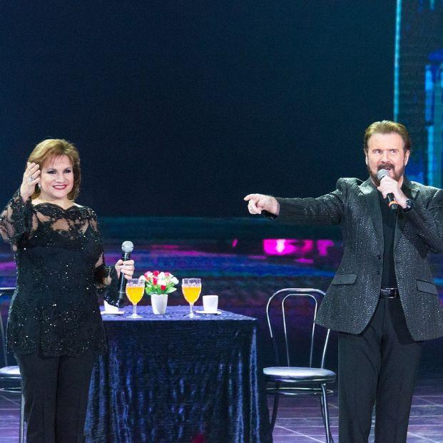 El dúo Pimpinela recibe un Premio Grammy por toda su trayectoria