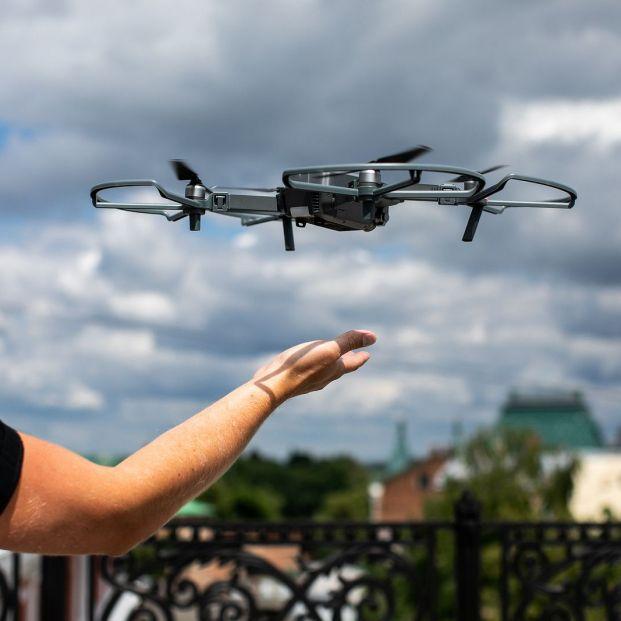 Pasos sencillos y básicos para manejar un dron si se es principiante