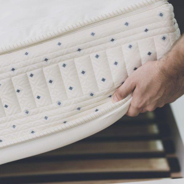 el colchón que mejor se adapta a tus necesidades (Bigstock)