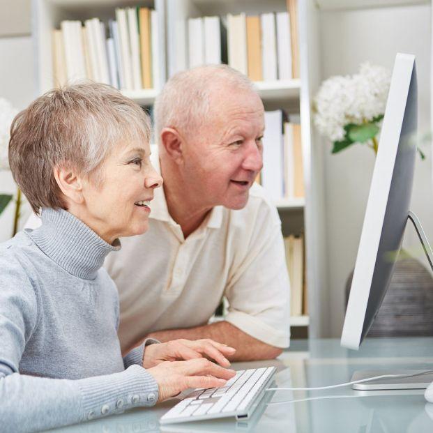 Cómo pedir cita previa para pensiones y otras prestaciones, ordenador