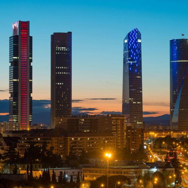 En qué nos afecta la reducción de horas de luz al día; Madrid de noche