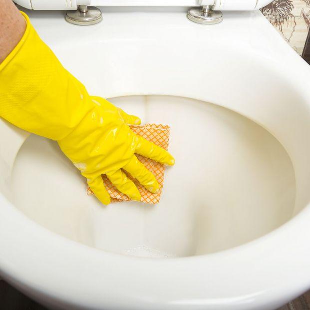 Trucos para limpiar correctamente el inodoro