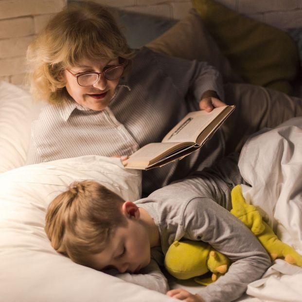 Este truco viral de TikTok hará dormir a tu nieto toda la noche del tirón