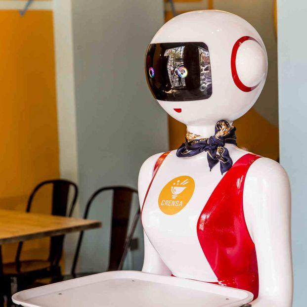 Valencia estrena el primer robot camarero de España