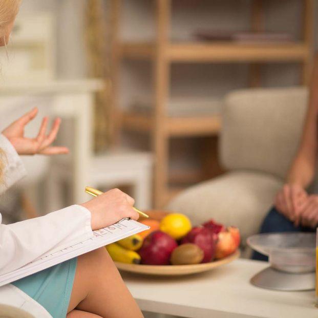 Primer documento de consenso sobre dietas de exclusión colon irritable (Bigstock)