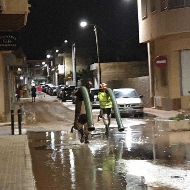 Seis muertos por la DANA que se traslada ahora al interior de la Península. Pedro Sánchez viaja a Murcia y Alicante
